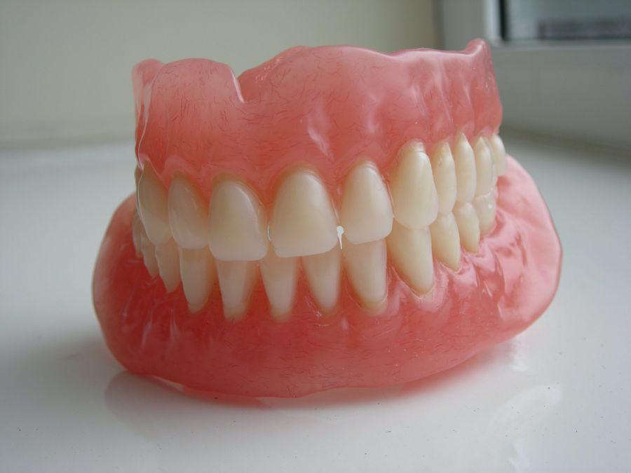 kỹ thuật viên phục hình răng