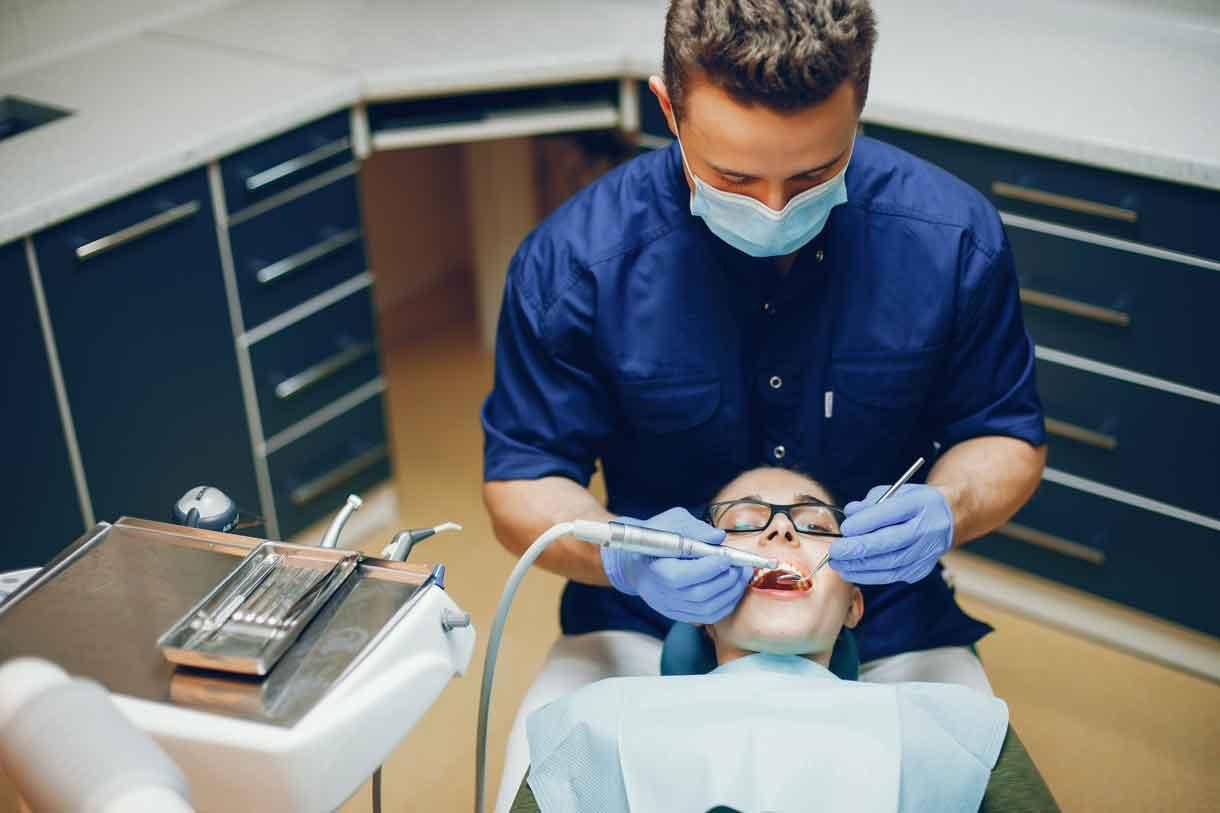 nghề phục hình răng